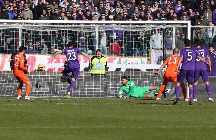 Il gol  del 3-2 di Pasqual