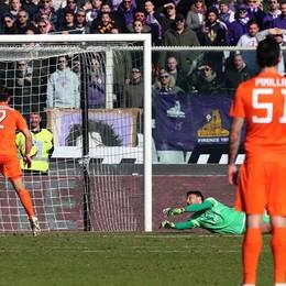 Palla in rete, a infilarla è stato Diamanti per il 2-1 della Fiorentina