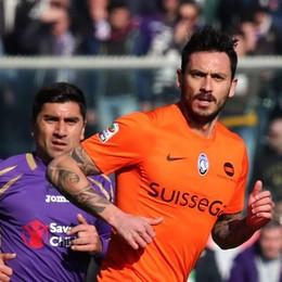 Pinilla con Pizarro ale spalle