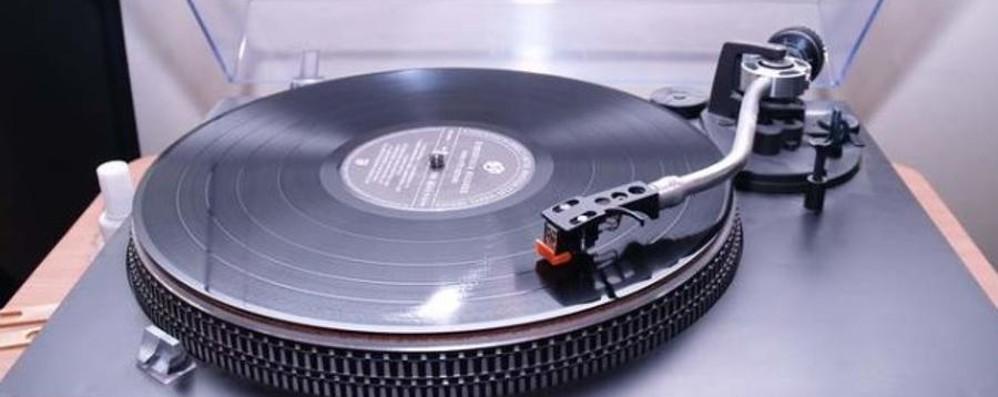 Cd e dischi in vinile alla fiera Weekend di musica a Stezzano
