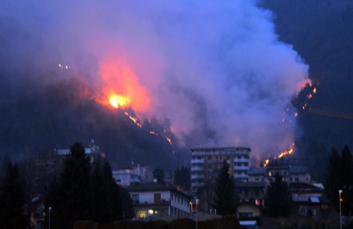 L'incendio divampato il 10 marzo
