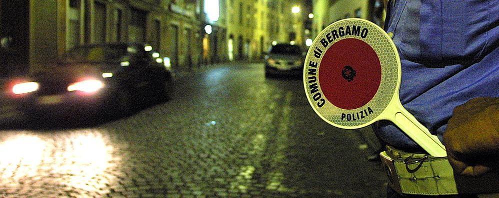 «Vigili, il Comune boicotta lo sciopero» La Cgil  all'attacco sul caso Bergamo