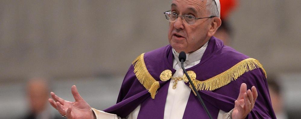 Giubileo straordinario dall'8 dicembre Il Papa: «Dio perdona tutto, sempre»