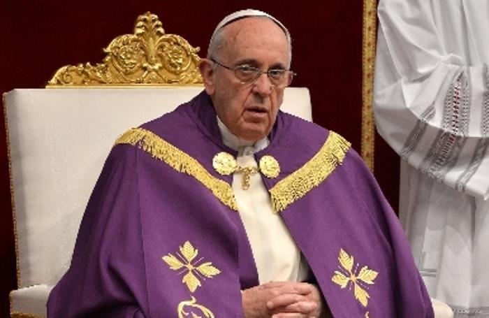 Il Papa in San Pietro per il rito penitenziale