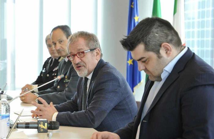 L'assessore Sorte, a destra, e il presidente Maroni