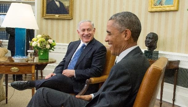 Kerry telefona a Netanyahu, Obama no