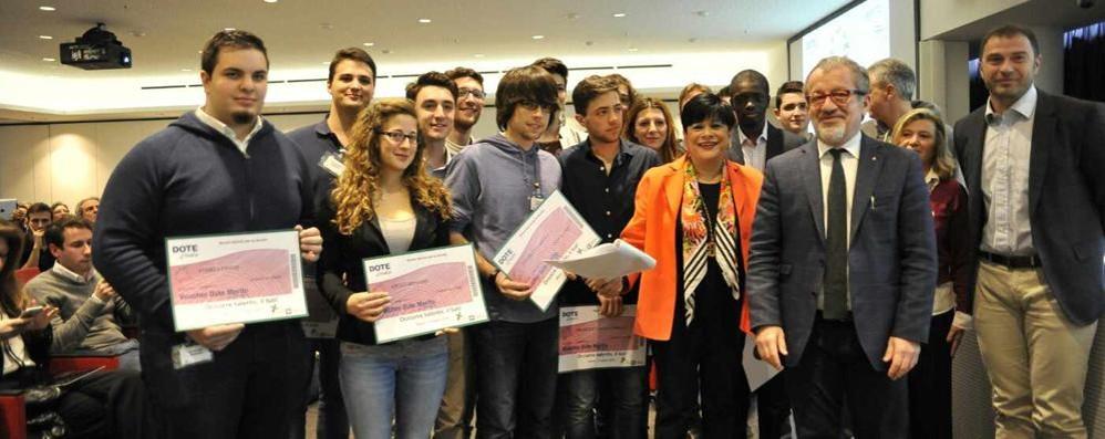 Studenti con il massimo dei voti Premiate anche 9 scuole bergamasche