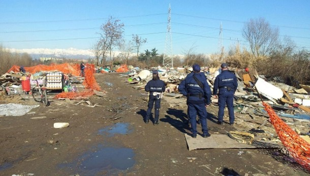 Corte Europea, stop a sgombero campo Rom