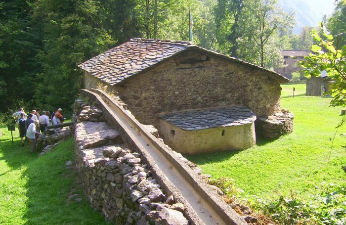 il Mulino Maurizio Gervasoni di Baresi, a Roncobello in Valle Brembana
