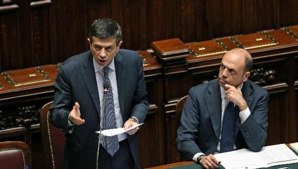 Incontro Renzi-Alfano-Lupi a P. Chigi