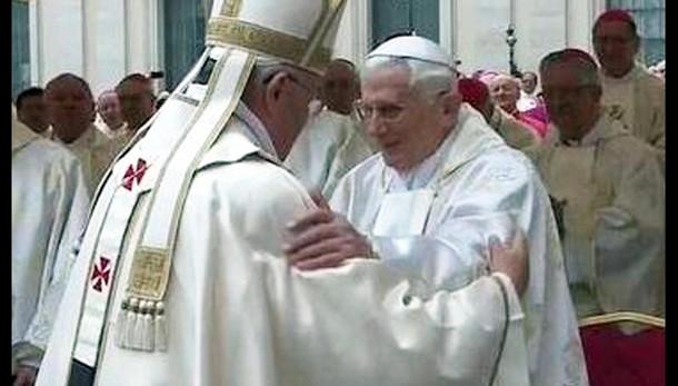 Papa, auguri a Ratzinger per onomastico
