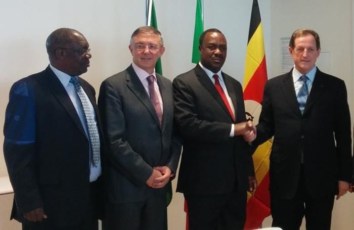 La visita del ministro ugandese al Papa Giovanni