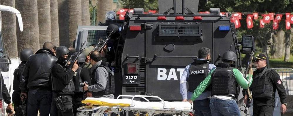 Tunisi, turisti massacrati al museo Alcuni bergamaschi rimasti sulle  navi