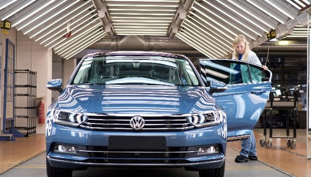 Volkswagen Passat è Car of The Year 2015