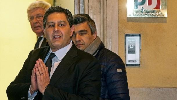 Lupi:Toti,De Luca condannato, Renzi tace