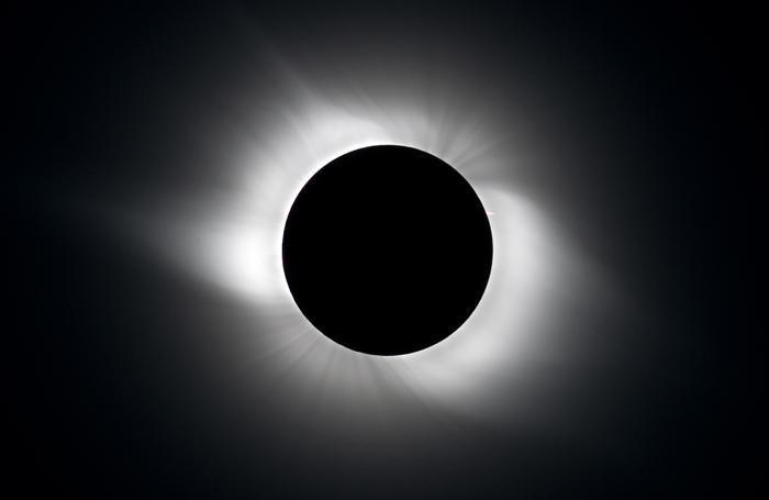 Immagini di eclissi precedenti scattate da Antonio Finazzi