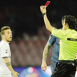 Cartellino rosso per Gomez