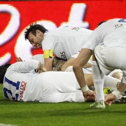 Felicità dopo il gol di Pinilla