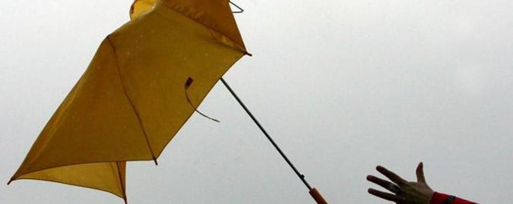 Attenzione al forte vento! Allarme venerdì in Lombardia
