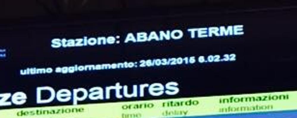 Benvenuti a Milano, anzi Abano Terme Il tabellone pazzo scatena l'ironia - Foto
