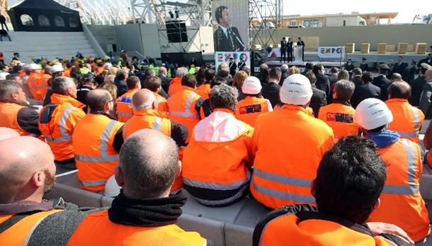 Renzi, cifre positive su nuovi contratti