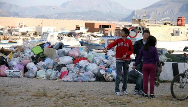 Rifiuti: Bratti, in Sicilia è emergenza