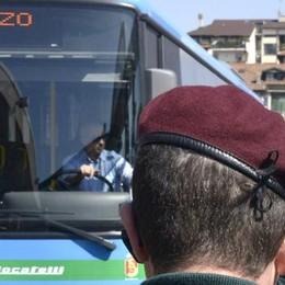 Arrivano le guardie su tutti gli autobus Guerra a «portoghesi» e teppistelli
