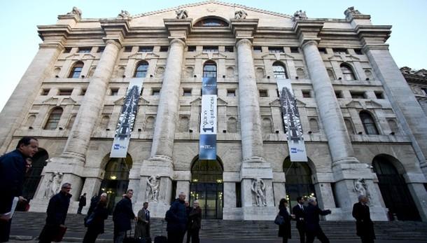 Borsa: Milano chiude in calo, -1,39%