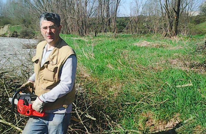 Il sindaco Massimo Pinetti durante i lavori