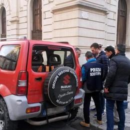 Spari al teatro di  Reggio Calabria Il 61enne di Cene resta in silenzio