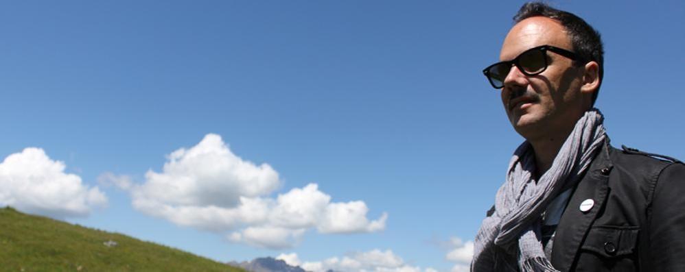 Un cantautore da Gandino a Pechino Cato, 15 mila km per la solidarietà - Video