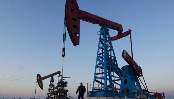 Petrolio: Wti in rialzo a 50,54 dollari