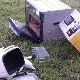 Ladri braccati sulla Francesca  perdono frigoriferi e lavastoviglie