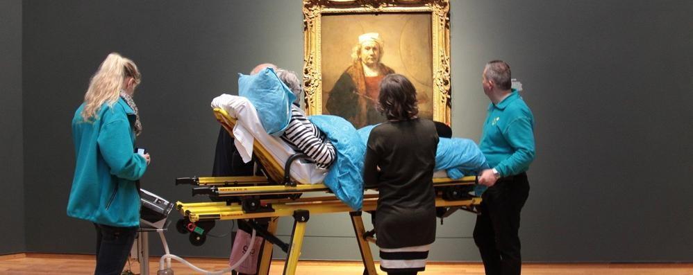 L'ultima richiesta: il Rembrandt  C'è l'Ambulanza dei desideri