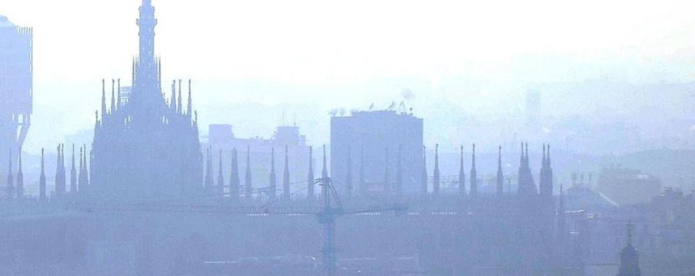 Lombardia, tira una brutta aria Ma Bergamo respira benino