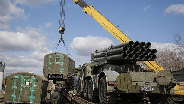 Donetsk, ritirate tutte le armi pesanti