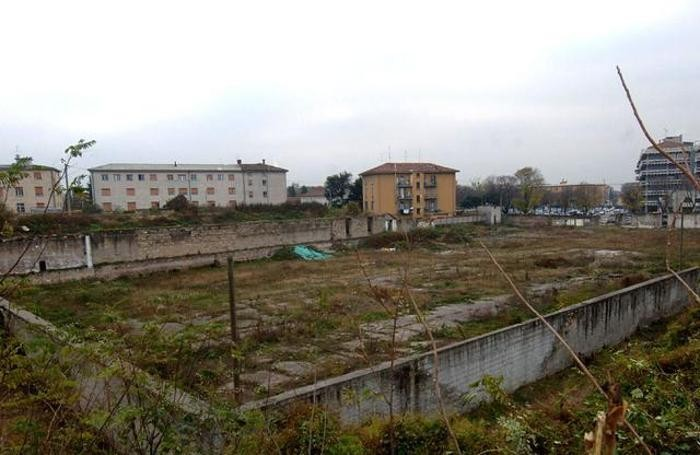 L'area dell'ex gasometro, alla Malpensata