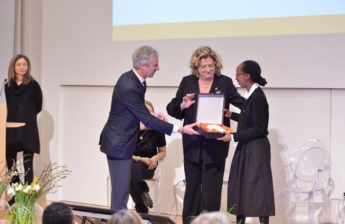 Il premio a Paula Nascimento
