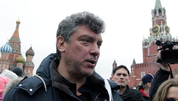 Nemtsov: arrestati 2 sospetti,caucasici