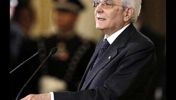 Mattarella, corruzione altera vita Paese