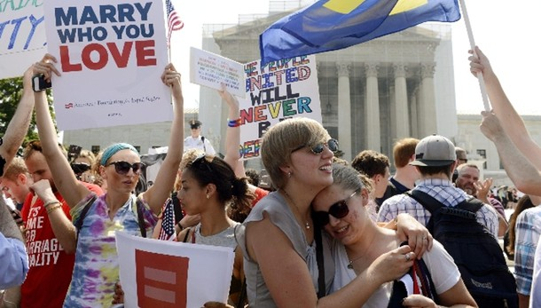Nozze gay: Viminale, coerenti con norme