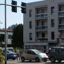 Ponteranica, semaforo bollente «In due mesi 649 multe»
