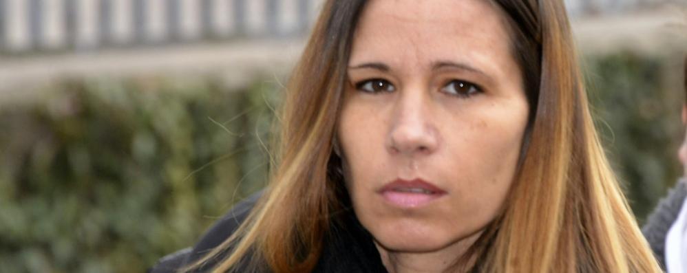 Yara, la moglie di Bossetti torna in tv «Non è stato lui: quella sera era a casa»