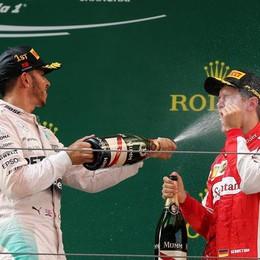 F1: Hamilton trionfa a Shanghai Ma Vettel sale ancora sul podio: 3°