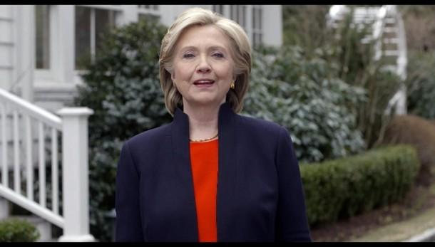 Hillary si dimette da Fondazione Clinton
