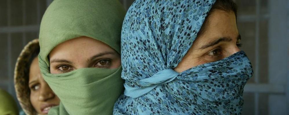 «Donna, musulmana e britannica» L'identikit della nuova 007 inglese