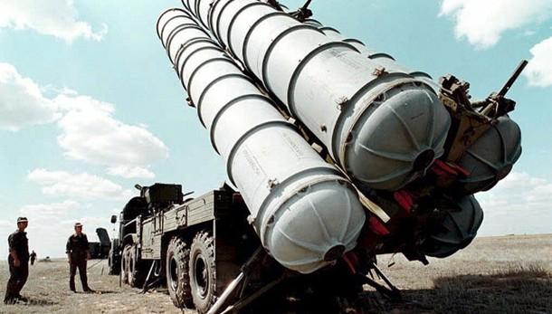 Iran: Putin, stop divieto export missili