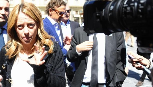 Puglia:Meloni, non prendo ordini da Cav
