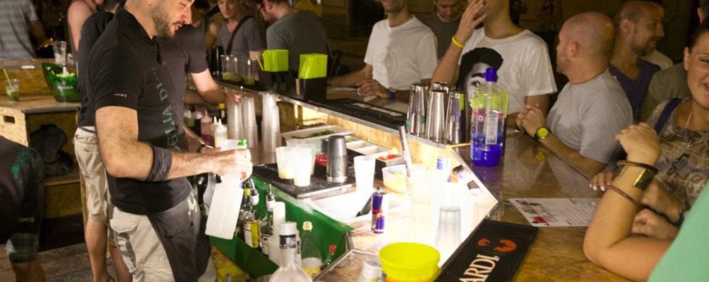 Bar e locali, ecco le regole Coprifuoco alle 24. Non per i virtuosi