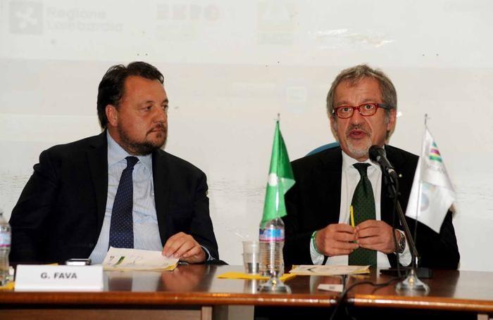 Il presidente Roberto Maroni e l'assessore all'Agricoltura Gianni Fava a Viadana per l'Expo Extra Tour